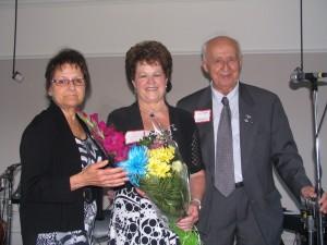 La Commandeure entourée de Diane Roy et Guy Veer